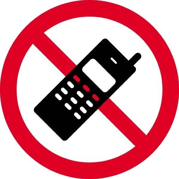 Mobiltelefon forbudt. Forbudsskilt