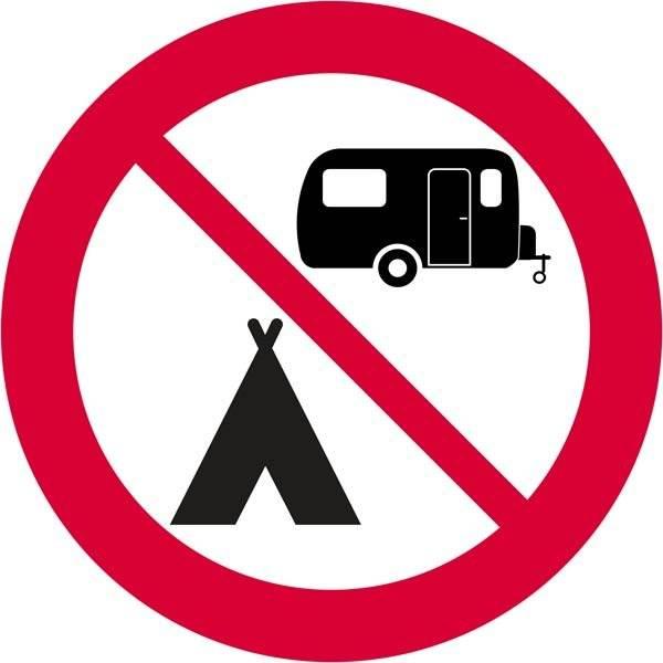 Campingforbud skilt