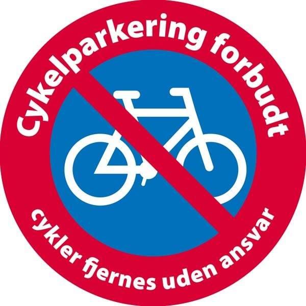 Cykelparkering forbudt cykler fjernes uden ansvar skilt