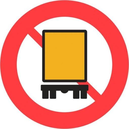 C23 Kørsel med farlig gods forbudt. Skilt
