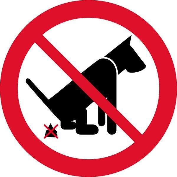Hundelorte forbud. Skilt