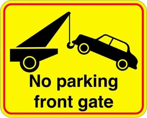 No parking front gate. Skilt