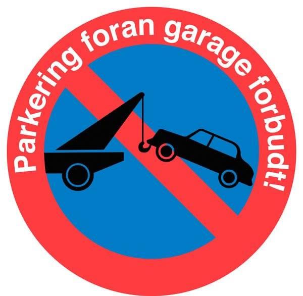 Parkering foran garage forbudt skilt