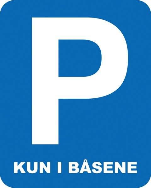 Parkerings skilt P kun i båsene skilt
