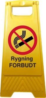 A-skilt. Rygning forbudt. Forbudsskilt.