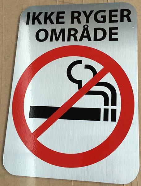 Ikke ryger område. Rygeforbudsskilt