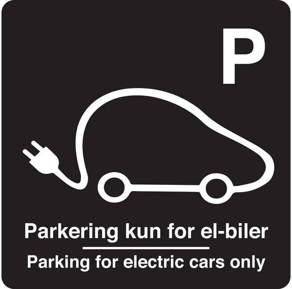 Parkering kun for el-biler Parking for electric cars only Sort. Parkeringsskilt