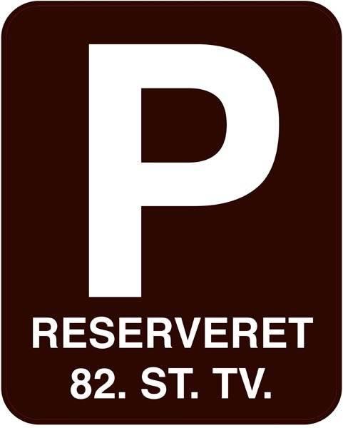 P reserveret xxx . Parkeringforbudt skilt