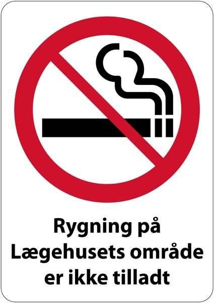 Rygning forbudt på lægehusets område Rygeforbudsskilt