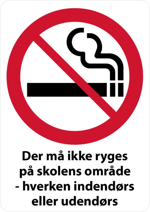 Der må ikke ryges på skolens område - hverken indendørs eller udendørs. Rygeskilt