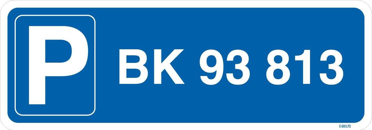 Parkeringsskilt med nummerplade / registeringsnummer