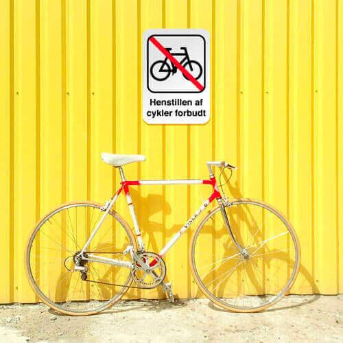 Henstillen af cykler forbudt miljøbillede