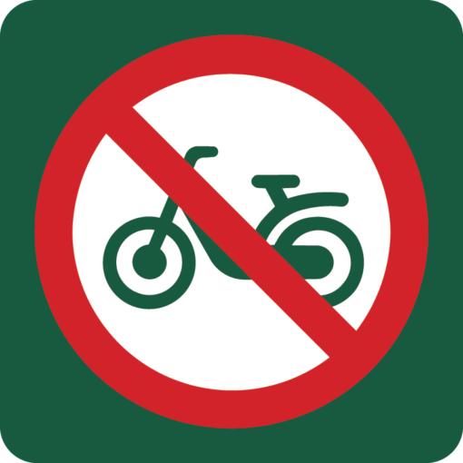 Knallertkørsel forbudt Naturstyrelsens skilt